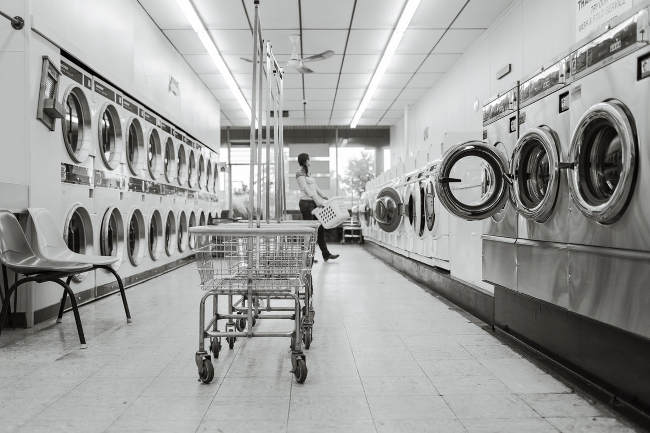 Black and white photo of a laundromat